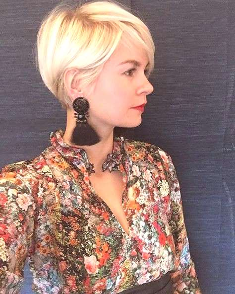 60+ Best Pixie Cut 2019 Pixie cut is a hot and popular hairstyle for women. It has plenty of .No ma