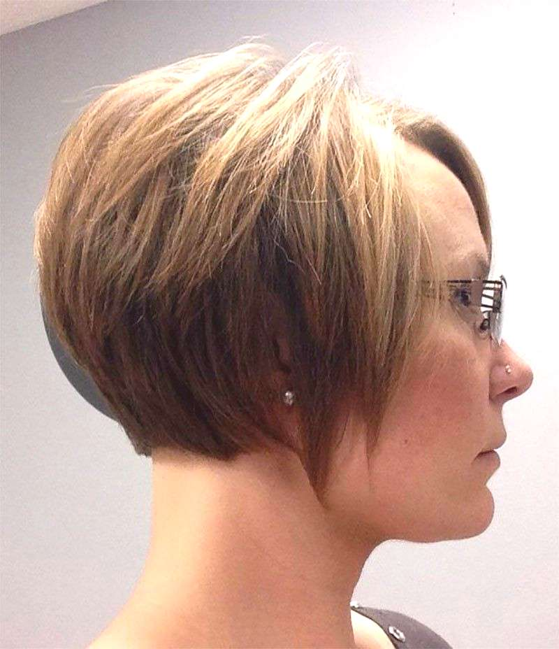 How to Grow out a Pixie Cut in 9 Simple Steps - Pixie Cut Stages